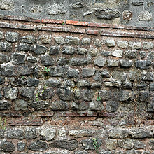 Début de temple 220px-16-09-2007-322opusmixtebrest