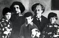 1925 vladimir antonov ovsejenko family prague.png