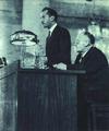 1952-05 1952年 莫斯科国际经济会议 秘书长 香贝朗.png