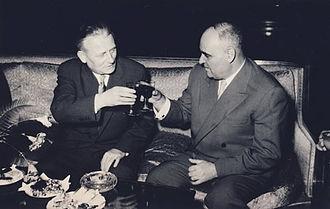 Gheorghe Gheorghiu-Dej - Gheorghiu-Dej giving a toast with Antonín Novotný, President of Czechoslovakia.