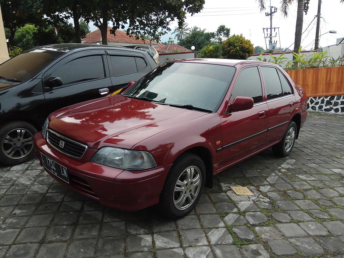 File:1996 Honda City (front), Bandungan, Semarang.jpg - Wikimedia Commons
