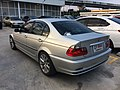 2000-2001 BMW 320i (E46) Sedan (27-10-2017) 03.jpg