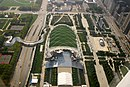 2005-10-13 2880x1920 chicago above millennium park.jpg