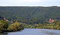200709201443b Neckarsteinach Hinterburg links Mittelburg rechts.jpg