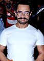 Aamir Khan after a spa session in Bandra.jpg