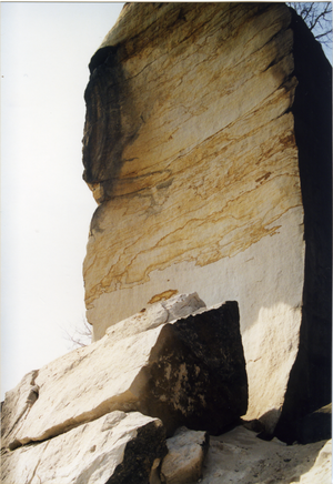 """Elbe Sandstone - Elbe Sandstone, like here on the Wartturm where there has been a rockfall, can be permeated by a finely-divided """"marbling""""."""