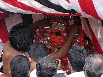 Kalarivathukkal Temple - Image: Adjusting the ornaments of Kalarivathukkal Bhagavathi
