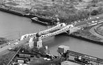 Aerial of 100th Street Bridge Chicago from SW in 1999.jpg