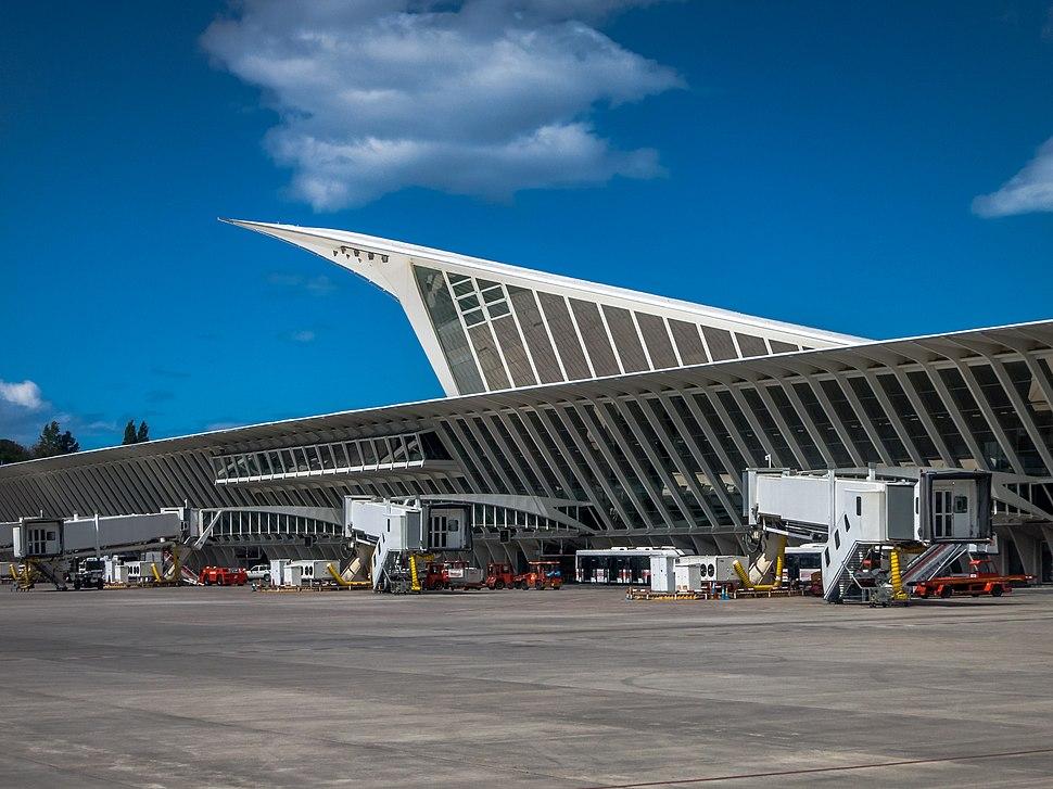 Aeropuerto Bilbao Loiu 01
