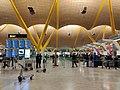 Aeropuerto de Madrid-Barajas T4 - 003.jpg