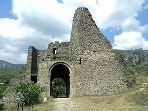 Kingdom of Tashir-Dzoraget - Image: Akhtala Castle (3)