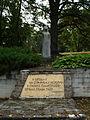 Alūksne lossi mälestusmärk.JPG