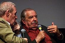 Alain Tanner répondant à André S. Labarthe um la Cinémathèque française.JPG