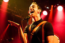 Albert Hammond, Jr. 2013.jpg