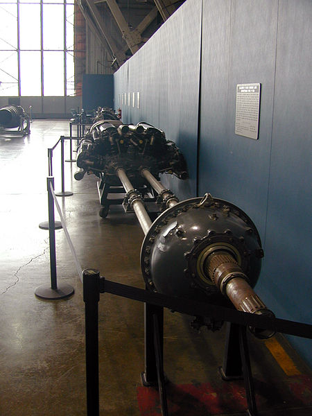 File:Allison V-3420 Engine and drivetrain for P-75A 1.jpg