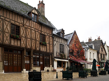 Timber-framed houses in Amboise Amboise colombage.jpg
