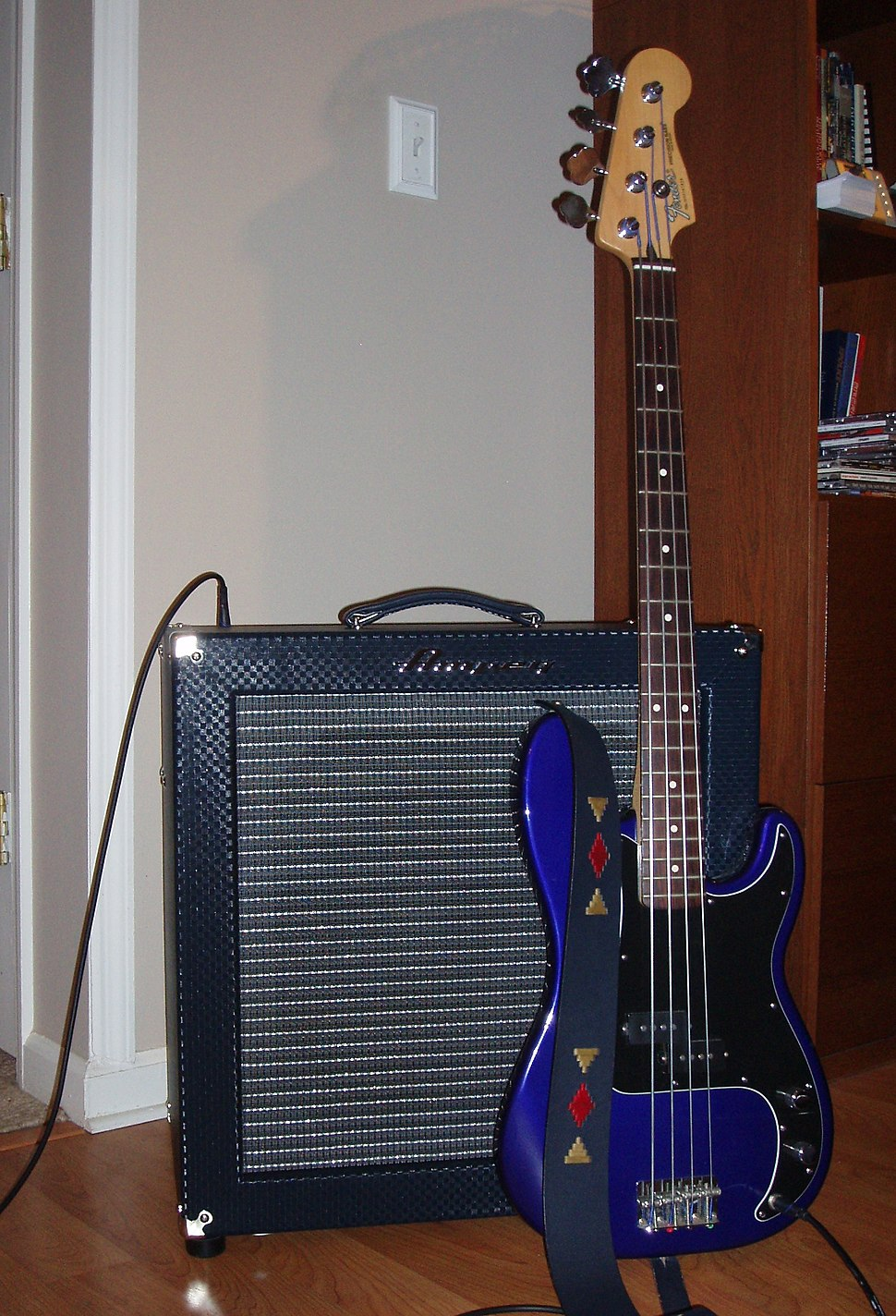 Ampeg B200R %26 Fender Precision Bass (after make over)