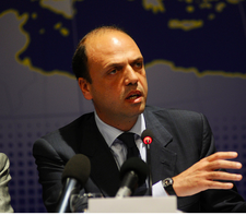 Angelino Alfano at the EPP Study Days in Palermo, 2011..png