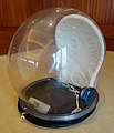 Apollo Bubble Helmet - Flickr - jurvetson.jpg
