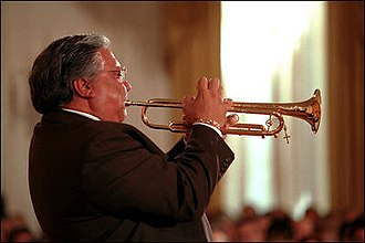 Arturo Sandoval - Sandoval in the East Room of the White House, celebrating Hispanic Heritage Month, October 12, 2001
