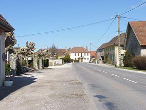 Aubigny-en-Plaine - Image: Aubigny en Plaine 0006