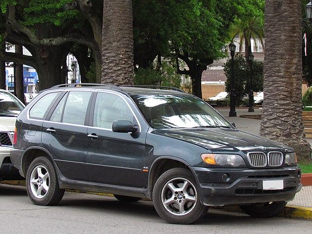 BMW X5 4.4i 2001 (14496048533)