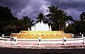 Bahamas 1988 (268) Paradise Island (23993030432).jpg