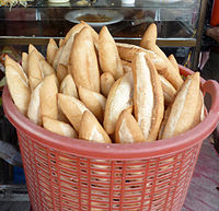 Banh mi - vietnamese bread - (cut out from flickr5607479129).jpg