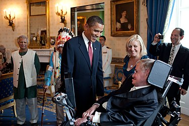 Barack Obama talking to Stephen Hawking in the White House