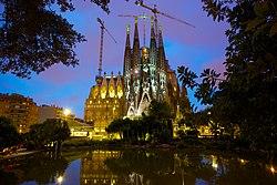 Basílica i Temple Expiatori de la Sagrada Família.jpg