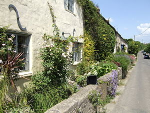 Mendip - Image: Batcombe cottages