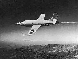 Bell X-1 - Image: Bell X 1 46 062 (in flight)