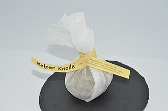 Belper Knolle - Dry Belper Knolle with the packaging