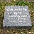Berlin, Mitte, Invalidenfriedhof, Feld C, Grab Johann Illeschuetz, Restitutionsstein 2002.jpg