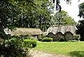 Bertreville (Seine-Mar.) hameau Le Beauclair, ferme à toits de chaume (02).jpg