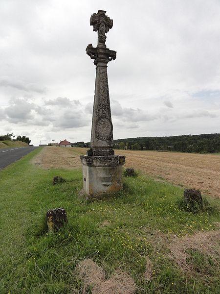Beurey-sur-Saulx (Meuse) croix de chemin