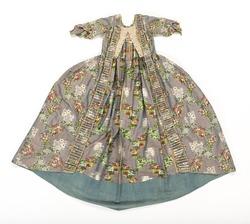 7ce9ad83ce59 Klänning i modell robe à la française, 1760-tal. Livrustkammaren.