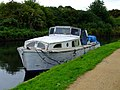 Boat on the River Brent - geograph.org.uk - 2586978.jpg