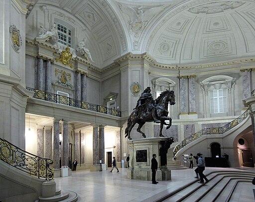 Bodemuseum Foyer (Reitstandbild Groer Furfürst von Andreas Schlüter