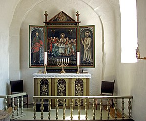 Borum - Choir and altar