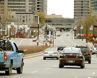 Boulevard Maisonneuve - Boulevard Maisonneuve in Hull with the Place-du-Portage and Place-du-Centre in the background.