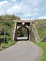 Brecé-FR-35-pont ferroviaire-01.jpg