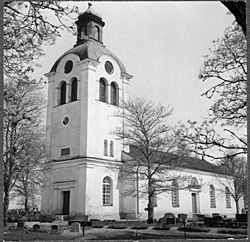 Breds kyrka – Wikipedia