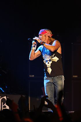 Bret Michaels Motley Crue Sydney Entertainment Centre (6174694199).jpg