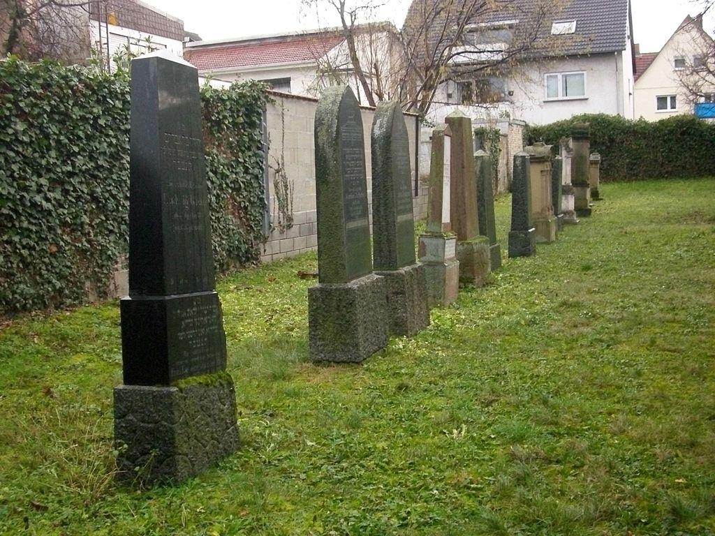 Bretzenheim Alter jüdischer Friedhof 4.JPG