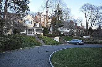 Lawrence Park Historic District - Houses on Garden Avenue