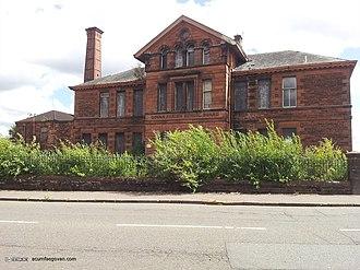 Broomloan Road Primary School - Image: Broomloan Road School 2013