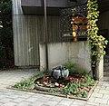 Brunnen Isartalstr49 München.jpg