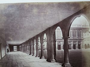 Nevile's Court, Trinity College, Cambridge - Cambridge University, Trinity College, Nevile's Court Colonnade