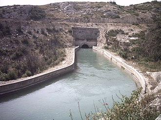 Coudoux - The Canal de Marseille enters a tunnel near Coudoux